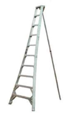 Where to rent LADDER, ORCHARD TRIPOD 12 in Portland OR