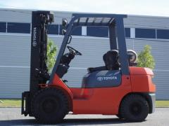 Where to rent FORKLIFT, 5000LB TOYOTA in Portland OR