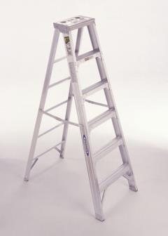 Where to rent LADDER, STEP 8  Fiberglass in Portland OR